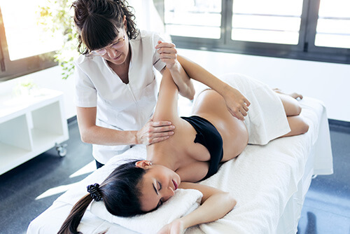 pregnancy-physiotherapy-massage-500x334-1