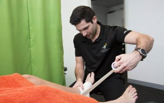 benefits-of-physiotherapy-taping